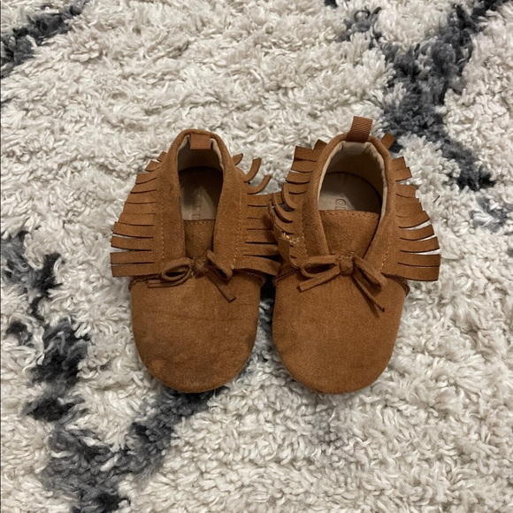 Old Navy Other - 🌼18-24 MONTHS Old Navy Moccasins